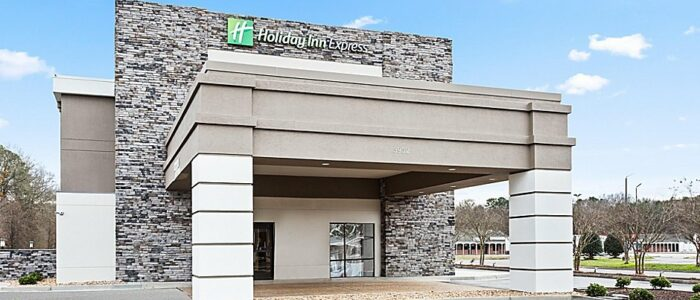 Holiday Inn Hopewell Cover